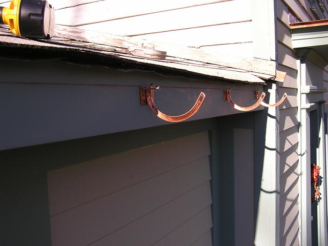 Copper_gutter_installation_9