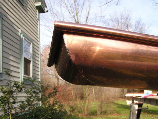 Rain_gutter_fabrication_1